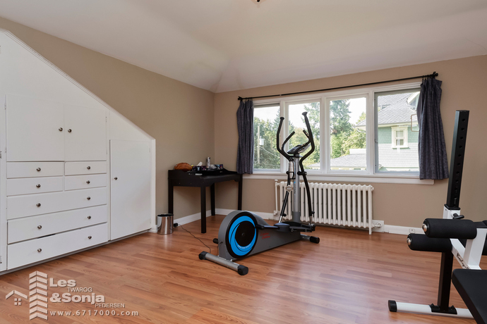 Bedroom/Exercise Room