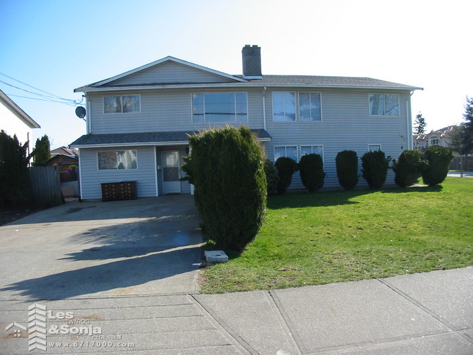 12323 82nd Ave, Surrey